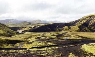 Driving the Icelandic Highlands